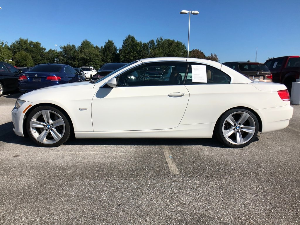 Pre-Owned 2009 BMW 3 Series 335i
