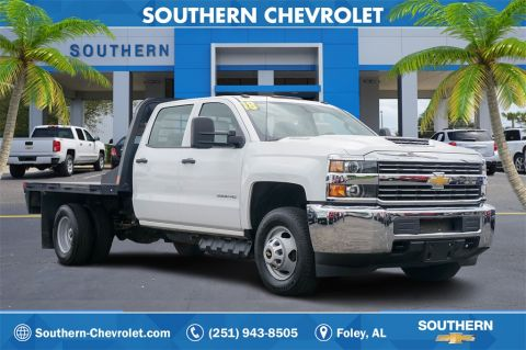 Pre-Owned 2018 Chevrolet Silverado 3500HD Flat Bed Dually